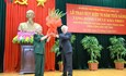 Trao Huy hiệu 70 năm tuổi Đảng tặng nguyên Tổng Bí thư Lê Khả Phiêu