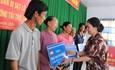 Bàn gia nhà cho các hộ dân bị sạt lở tại thị xã Tân Châu, tỉnh An Giang