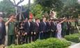 Lãnh đạo TP Hồ Chí Minh dâng hương tưởng nhớ Chủ tịch nước, Đại tướng Lê Đức Anh