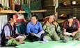 Khi các già làng làm tuyên truyền viên bầu cử
