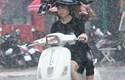 Đợt mưa dông đang diễn ra ở miền Bắc kéo dài đến khi nào?