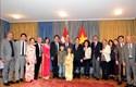 Phó Thủ tướng Trương Hòa Bình gặp gỡ kiều bào tại Thụy Sĩ nhân dịp Tết cộng đồng