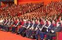 Các đại biểu thảo luận các văn kiện Ðại hội