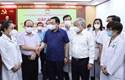 Chủ tịch Quốc hội gặp mặt cán bộ y tế tăng cường chống dịch cho các tỉnh phía Nam