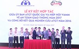 Ký kết chương trình hợp tác năm 2017 giữa Ủy ban ATGT Quốc gia và Hiệp hội VAMM