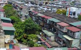 Nhiều nhà dân Hà Nội tự 'bịt đường sống' bằng 'chuồng cọp'