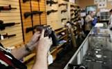 Vụ xả súng đẫm máu tại Mỹ khơi lại mâu thuẫn sâu sắc về kiếm soát súng