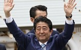 Sau chiến thắng vang dội, Thủ tướng Nhật Bản thề mạnh tay với Triều Tiên