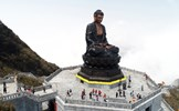 Khám phá kiến trúc tâm linh thuần Việt trên đỉnh thiêng Tây Bắc