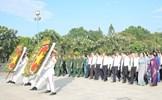 Lãnh đạo TPHCM dâng hương tưởng niệm các anh hùng liệt sĩ