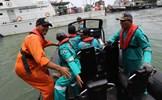 Không ai sống sót trong vụ rơi máy bay ngoài khơi bờ biển Indonesia