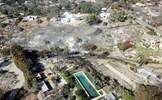 California nhìn từ trên cao hoang tàn như tận thế sau vụ cháy rừng thảm khốc