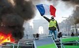 Cuộc khủng hoảng Áo vàng ở Pháp: Tổng thống Macron trước khe cửa hẹp