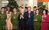 Tổng Bí thư, Chủ tịch nước chúc Tết đội cảnh sát 113 và EVN