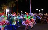 """Lễ hội Carnival đường phố DIFF 2019: Lạc vào """"rạp hát"""" 8 quốc gia"""
