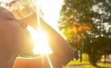 Điều gì xảy ra khi bạn không tiếp xúc đủ với ánh nắng mặt trời?