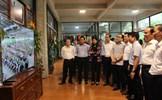 Đoàn công tác thành phố Hà Nội thăm Công ty CP sản xuất hàng thể thao MXP