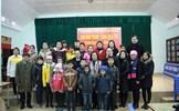 Phó Chủ tịch Bùi Thị Thanh tặng quà Tết hộ nghèo, gia đình chính sách tại Lạng Sơn