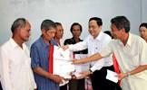 Chủ tịch Trần Thanh Mẫn tặng quà Tết bà con nghèo tỉnh Sóc Trăng