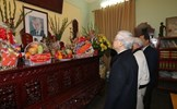Tổng Bí thư Nguyễn Phú Trọng thắp hương tưởng nhớ các bậc tiền bối
