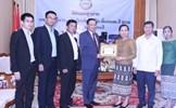 ĐSQ Việt Nam hỗ trợ người dân Lào bị ảnh hưởng bởi sự cố đập thủy điện