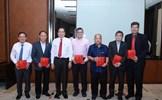 Phát huy vai trò của các Ủy viên Ủy ban là người Việt Nam ở nước ngoài