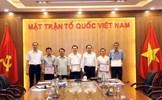 """Trao tặng Kỷ niệm chương """"Vì sự nghiệp Tuyên giáo"""" cho các cán bộ Tuyên giáo UBTƯ MTTQ Việt Nam"""