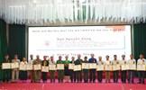 Tuyên dương người có uy tín tiêu biểu vùng đồng bào DTTS ở Nghệ An