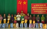 Phó Chủ tịch Trương Thị Ngọc Ánh tặng quà Tết đồng bào dân tộc thiểu số nghèo