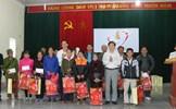 Phú Thọ: Trao 800 suất quà Tết tặng các hộ nghèo