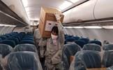 Việt Nam viện trợ trang thiết bị y tế cho Lào và Campuchia