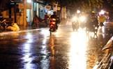 Ngày 27/4, không khí lạnh vẫn bao phủ miền Bắc, mưa giông hầu khắp các khu vực