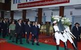 Thủ tướng Nguyễn Xuân Phúc viếng nguyên Thủ tướng Lào Xỉ-xạ-vạt Kẹo-bun-phăn