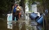 Mưa bão gây vỡ đập ở bang Michigan, Mỹ, người dân phải sơ tán khẩn cấp