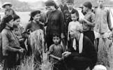 Lãnh tụ Hồ Chí Minh - nhà sáng tạo lý luận cách mạng