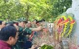 Ban Biên tập Báo Xây dựng dâng hương tri ân tại Quảng Trị