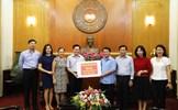 Tiếp nhận ủng hộ phòng, chống dịch Covid-19 từ cựu học sinh Việt Nam tại Đức