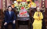 Phó Chủ tịch - Tổng Thư ký Hầu A Lềnh vấn an Đức Pháp chủ Giáo hội Phật giáo Việt Nam