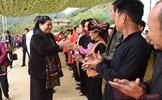 Đồng chí Tòng Thị Phóng dự Ngày hội Đại đoàn kết toàn dân tộc tại Sơn La