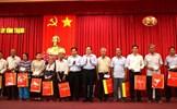 Chủ tịch Trần Thanh Mẫn thăm hỏi, tặng quà các gia đình chính sách tại TP. Cần Thơ