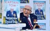 'Đại úy Tom' mắc COVID-19