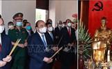 Chủ tịch nước Nguyễn Xuân Phúc dâng hương tưởng nhớ Chủ tịch Hồ Chí Minh