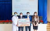Tập đoàn Hưng Thịnh trao 2.000 bộ kit xét nghiệm SARS-CoV-2 cho tỉnh Lâm Đồng