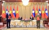 Việt Nam trao tặng nhiều Huân chương cao quý cho Bộ Công an Lào