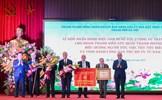 Chủ tịch nước Nguyễn Xuân Phúc trao danh hiệu Anh hùng cho Đoàn Thanh niên cứu quốc Thành Hoàng Diệu