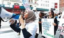 Mỹ ngừng chương trình DACA, người gốc châu Á rối bời