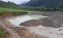 Mường Tè (Lai Châu): Để doanh nghiệp mặc sức đào vàng, lãnh đạo địa phương vô cảm
