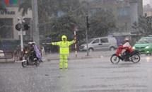 Hà Nội dự báo có dông lốc, mưa to
