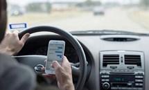 Cấm sử dụng điện thoại khi lái ô tô: Muộn còn hơn không