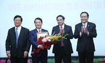 Đồng chí Hầu A Lềnh giữ chức Phó Bí thư Đảng đoàn MTTQ Việt Nam